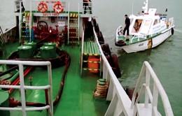 Bắt giữ tàu chở 80.000 lít dầu DO không rõ nguồn gốc