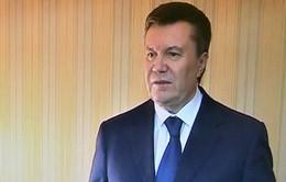 Rời thủ đô, Tổng thống Ukraine vẫn tuyên bố sẽ không từ chức
