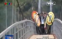 Clip giây phút kinh hoàng về vụ sập cầu treo tại Lai Châu