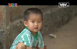 TTCE về thăm lại cháu Khánh (Đăk Lăk) sau khi được phẫu thuật tim
