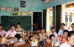 Cô giáo 22 năm nuôi dạy trẻ khuyết tật