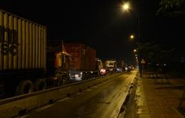 Xe quá tải gia tăng vào ban đêm tại Gia Lai