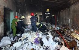 Cháy xưởng may, 300 công nhân hoảng hốt tháo chạy