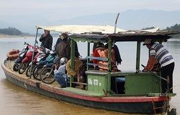 Đò ngang mất an toàn vẫn ngang nhiên hoạt động tại Quảng Nam