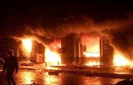 Hai tầng chợ Phố Hiến cháy rụi chỉ sau 2 tiếng hỏa hoạn