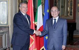 Chủ tịch Quốc hội hội kiến Chủ tịch Thượng viện Italy