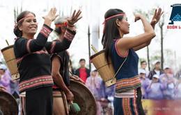 """Khám bệnh miễn phí trong khuôn khổ lễ hội """"Sắc xuân Tây Bắc"""" tại Lào Cai"""