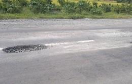 Quốc lộ 61B vừa đưa vào sử dụng đã xuống cấp trầm trọng