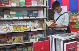 Bộ GD-ĐT xin rút nội dung thảo luận đổi mới chương trình, sách giáo khoa