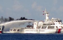 Clip: Tàu hải cảnh Trung Quốc tiếp tục uy hiếp tàu thực thi pháp luật Việt Nam