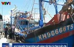 Ngư dân miền Trung đóng mới, nâng cấp tàu cá công suất lớn