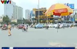 Cảm thông với Cảnh sát giao thông vất vả trong nắng nóng làm nhiệm vụ