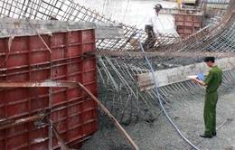 Bình Dương: Sập công trình cầu vượt, 1 công nhân thiệt mạng