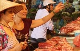 Hà Nội: Gần 60% mẫu thịt gia súc, gia cầm nhiễm vi sinh