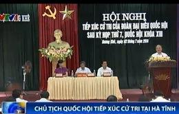 Chủ tịch Quốc hội tiếp xúc cử tri tại Hà Tĩnh