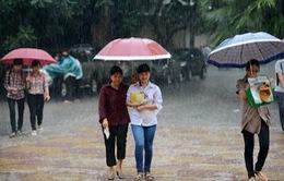 Bắc Bộ, Nam Bộ mưa giông trong hai ngày thi ĐH, CĐ đợt 2