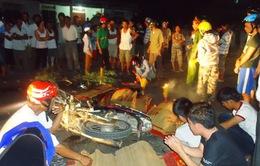 Hai xe máy tông nhau, 4 người chết tại chỗ