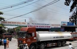 Cháy dữ dội kho cồn thuộc Tổng kho Nam Sông Hồng