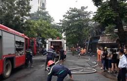 Hà Nội: Cháy lớn trên phố Phủ Doãn