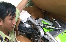 Hà Nội tạm giữ lô xe đạp điện và ắc quy có dấu hiệu nhập lậu