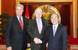 Chủ tịch Quốc hội Nguyễn Sinh Hùng tiếp Thượng nghị sĩ Mỹ
