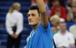 Tomic quật ngã Djokovic ở Hopman Cup