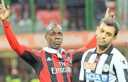 Chùm ảnh: Balotelli có ngày trở về hoàn hảo