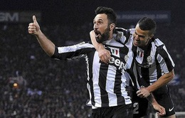 Hạ Bologna, Juve hơn Milan tới 14 điểm