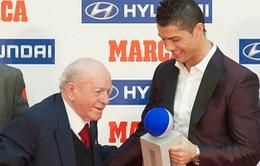 Ronaldo nhận danh hiệu Cầu thủ xuất sắc nhất La Liga
