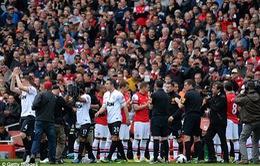 Arsenal 1-1 Man Utd: Ngày về ngọt ngào của Persie
