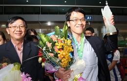 Ngày về đầy hoa của tân vô địch thế giới cờ chớp Lê Quang Liêm