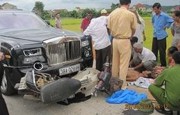 Siêu xe Rolls – Royce Phantom 40 tỷ đâm chết người