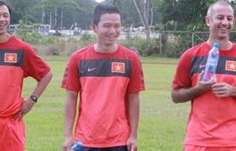 Chùm ảnh: U19 Việt Nam hớn hở tập luyện tại Brunei