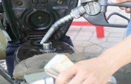 Khó giám sát chất lượng xăng dầu