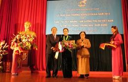 PGS.TS Bạch Khánh Hòa giành giải thưởng Kovalevskaia 2012