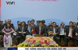 Thủ tướng dự các Hội nghị cấp cao khu vực tại Lào