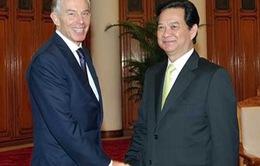 Thủ tướng tiếp nguyên Thủ tướng Anh Tony Blair