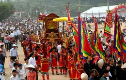Đông đảo du khách dự Lễ Khai hội Tây Thiên 2013