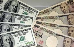 Đồng Yen lao dốc, người Nhật mạnh tay chi tiêu