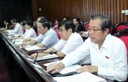 Quốc hội biểu quyết thông qua một số dự án Luật