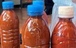 Hầu hết tương ớt không nhãn mác chứa chất độc