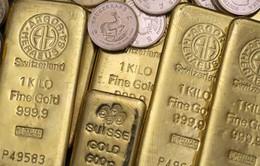 Hàng loạt tổ chức lớn hạ dự báo giá vàng