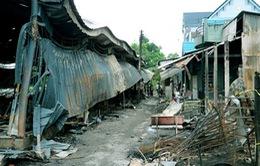 Cháy lớn thiêu rụi chợ Ninh Quới