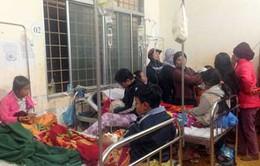 Đồ chơi Trung Quốc phát nổ, 40 học sinh nhập viện