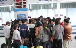 Có vé không được lên tàu: Hành khách náo loạn Ga Sài Gòn