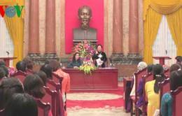 Phó Chủ tịch nước tiếp phụ nữ tiêu biểu huyện Đan Phượng