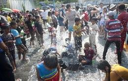 Tưng bừng Lễ hội té nước tại Myanmar