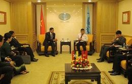 Bộ trưởng Bộ Công nghiệp Myanmar làm việc với nhà đầu tư Việt Nam