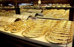 Quy định tuổi vàng, hàng trăm DN có nguy cơ đóng cửa