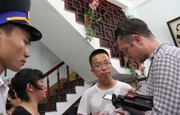 Phóng viên quốc tế trực tiếp tìm hiểu vụ tàu cá Việt Nam bị đâm chìm
